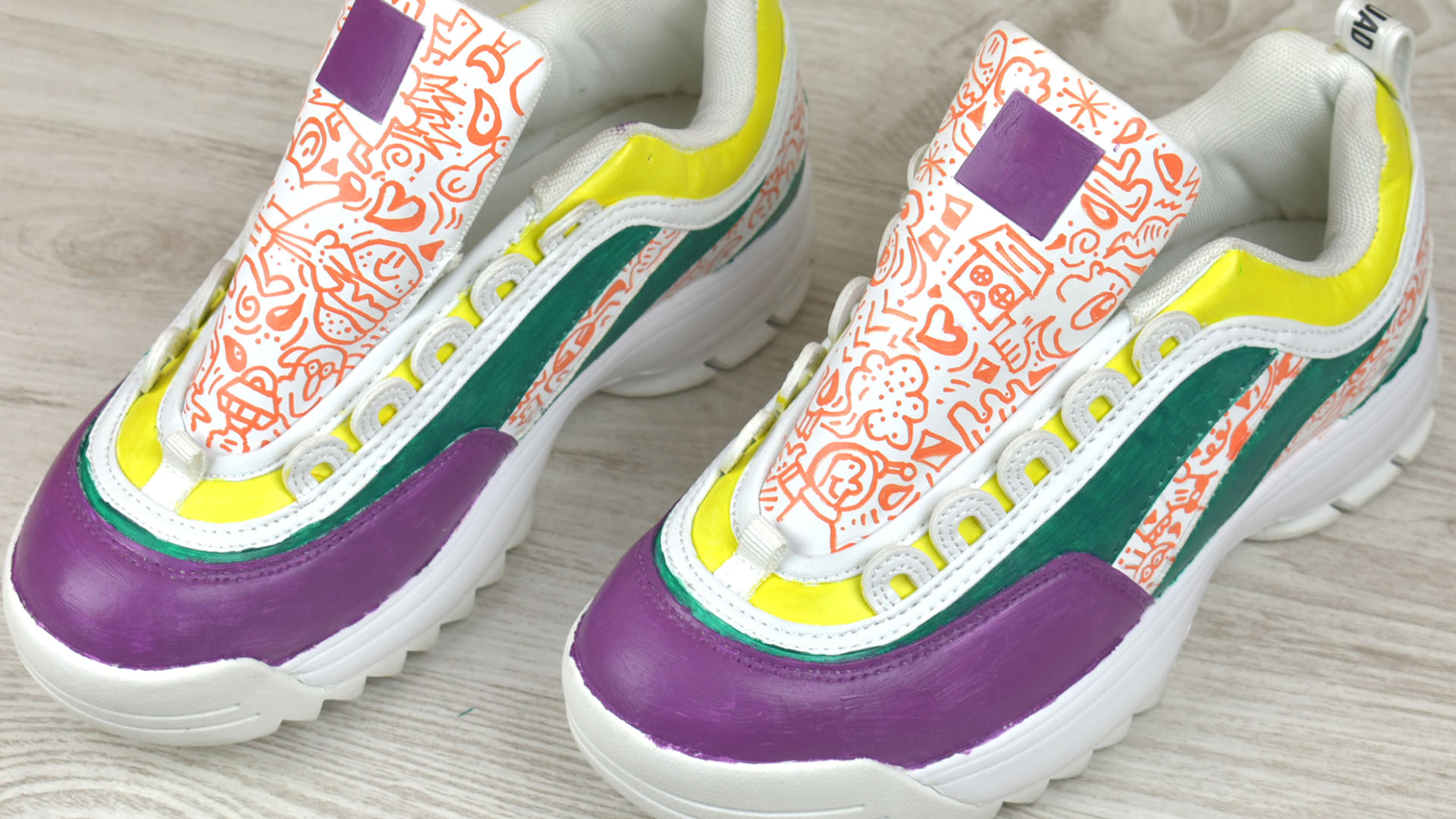 Simple Ways to Paint Sneakers: 12 Steps (with Pictures) - wikiHow